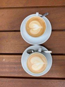 notes coffee falt white