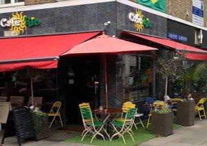 Coffee shop kerb appeal, curb